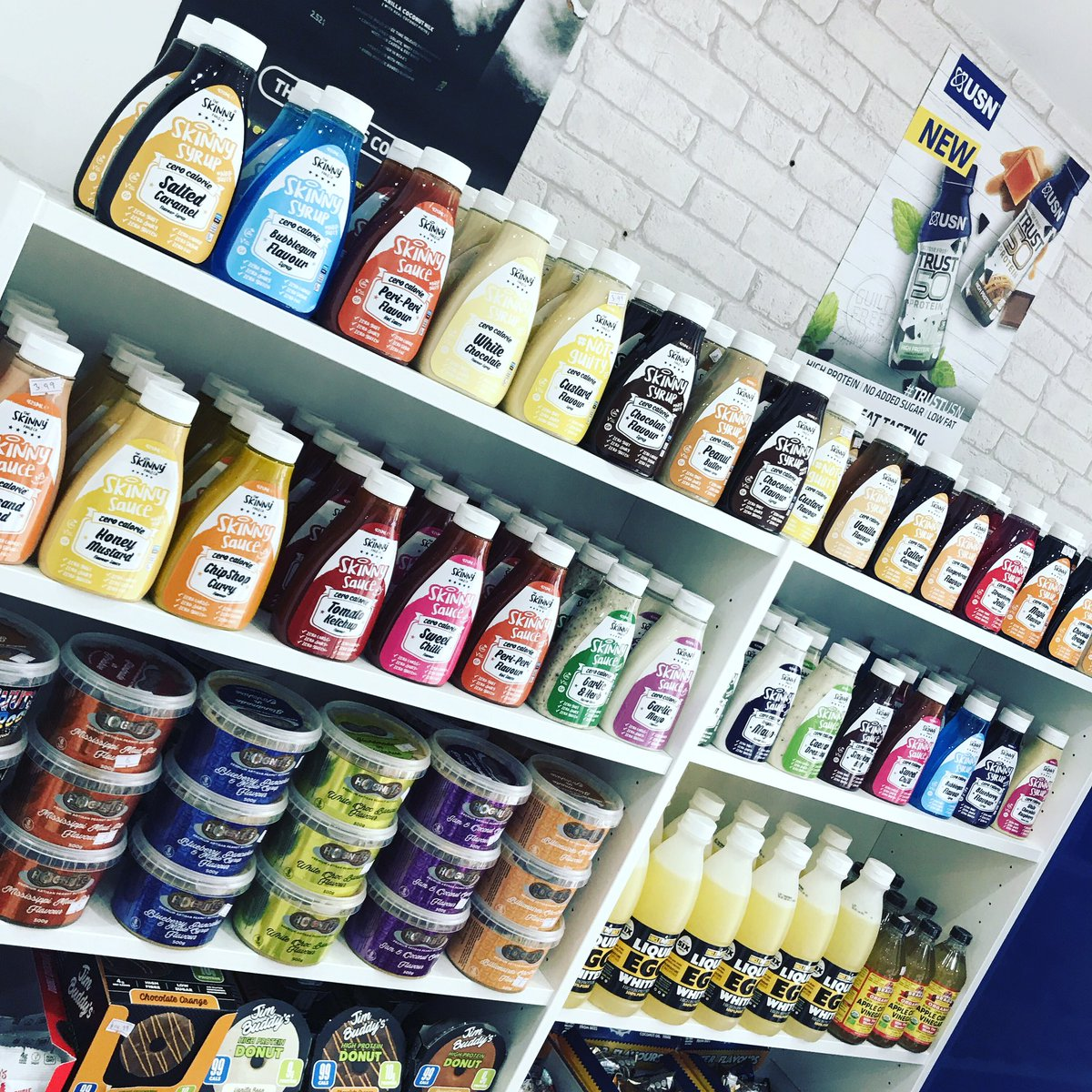 We are Re stocked of The @skinnyfoodco zero #calorie sauces Now available in flavours #bubblegum #blueberry #whitechocraspberry #garlicandherb We offer free same day local #delivery Click on the link to #purchase supplementking.uk/brand/the-skin…