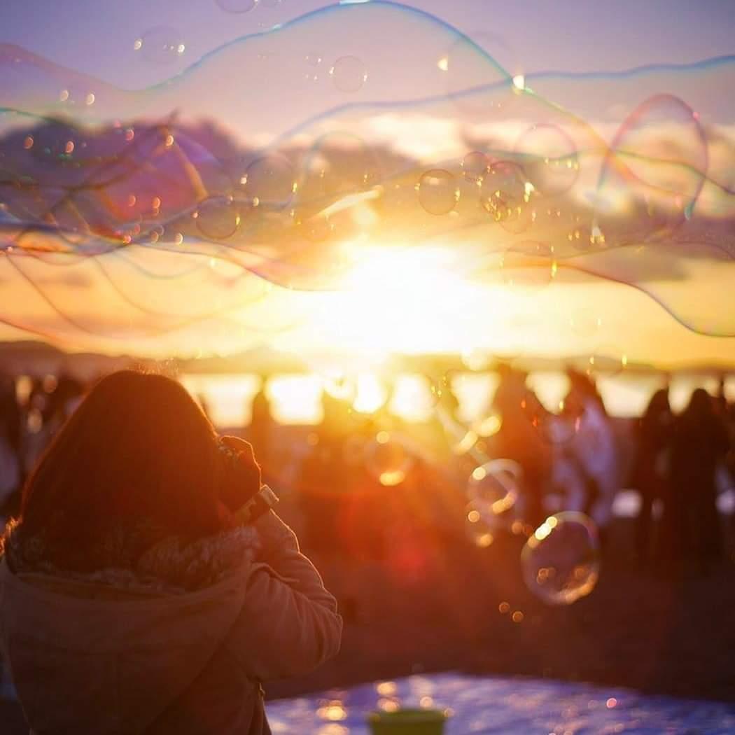 5月25日【土曜】18時00分~20時00分   光市虹ヶ浜にてフリーシャボン玉で遊ぶよー!  サンセットバブルからのナイトバブルだよ!  強風等で中止の場合はツイッターの投稿にてお知らせします‼️  わーわーわー‼️ https://t.co/ERVapndRbj