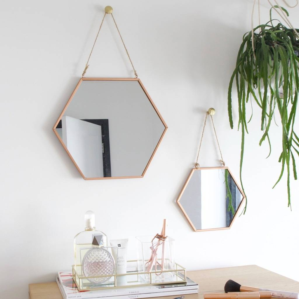 It&#39;s #FreebieFriday and we&#39;re giving you the chance to #WIN this gorgeous set of two copper mirrors by @lisaangeluk  To enter LIKE our page and tell us your favourite way to accessorise your home. <br>http://pic.twitter.com/z5AeVRbEiq