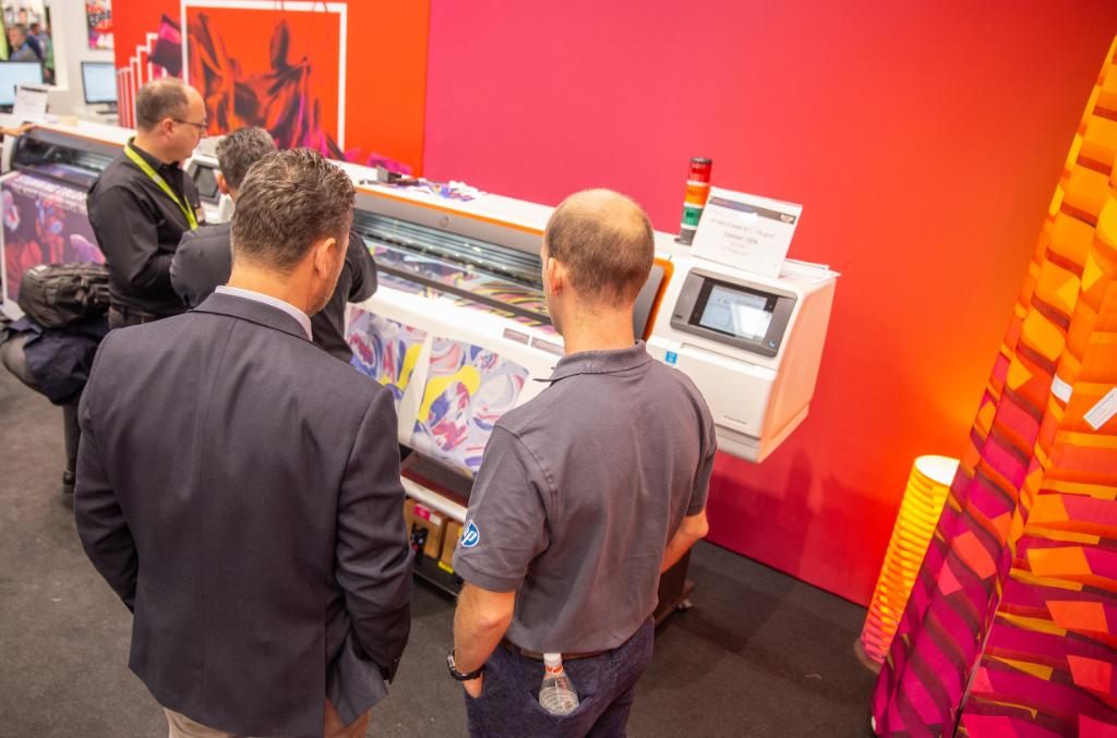 What are you waiting for??? There is new opportunity for business growth and for new applications with #HPStitch. I saw the launch at #SignExpo ... dont miss it at #FESPA!!