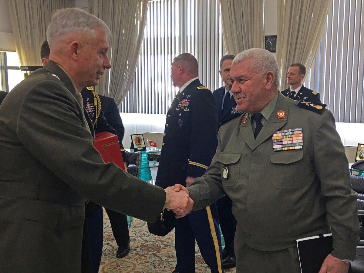 الولايات المتحدة: اجتماع اللجنة المشتركة العسكرية التونسية الأمريكية D6w_v9OWwAAscVf