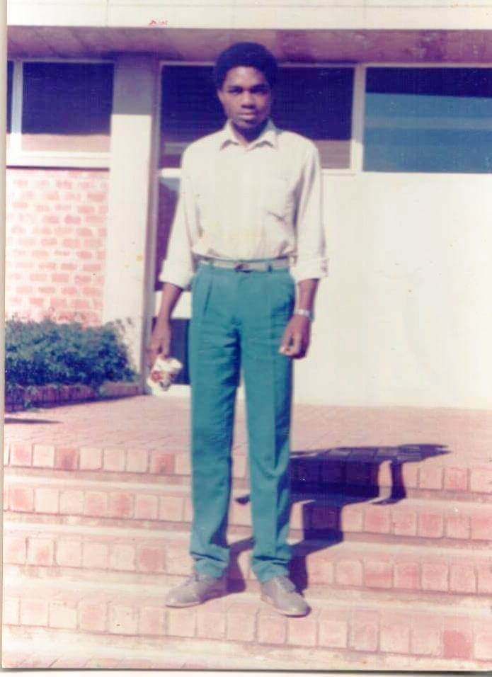 Our education was funded by the Zambian government and we owe our success to it. We aim to do the same for the next generation of bright, young Zambians. #FlashbackFriday <br>http://pic.twitter.com/8UdoX9iU7W