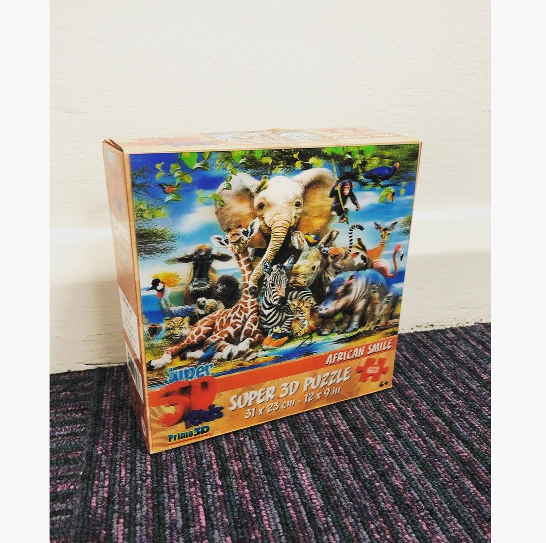 It&#39;s Friday which means... COMPETITION TIME! This week we are giving away an African Smile 3D Puzzle!  RT &amp; Follow @SalveoUK to #WIN! Competition ends 23/05 23:59  #Puzzle #Animals #Africa #TGIF #FreebieFriday #WinnerWinner  <br>http://pic.twitter.com/4iXBRC6mTn