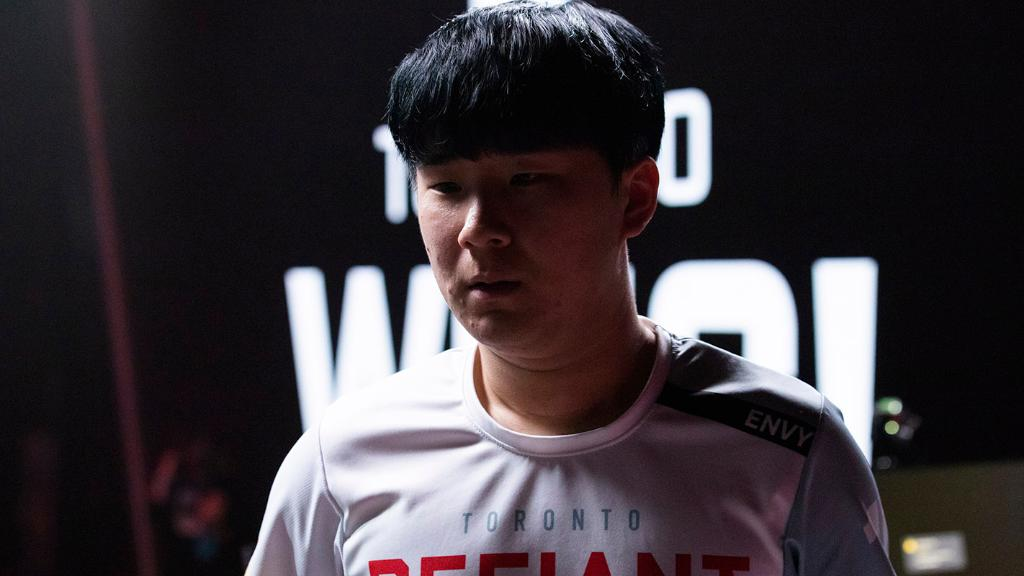 As @TorontoDefiant's emotional leader, @envysiba has always been driven by a desire to be the truest version of himself. #OWL2019 Envy's Balancing Act: blizz.ly/2VwHj7U