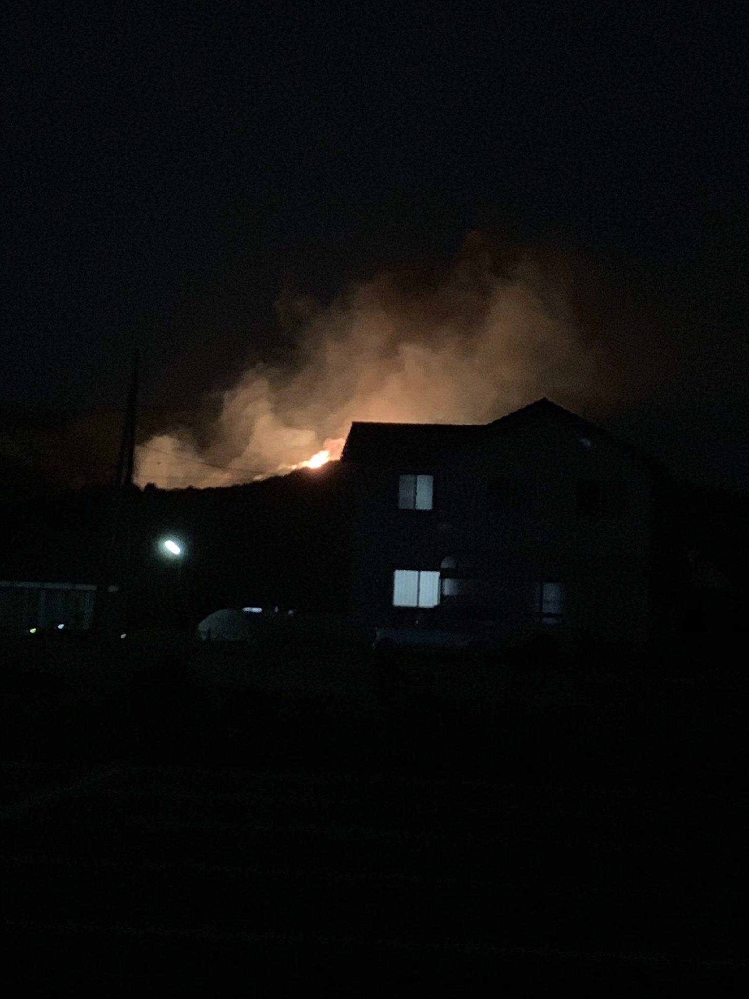 画像,山火事やばいなー https://t.co/pVX4reUU5C。