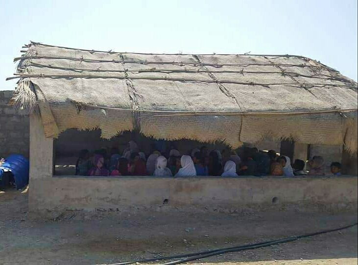 #BalochistanIsNotPakistan #Balochistan:&quot;This is model city of #Turbat #Absor,a school located in #Shahabad.Where hundreds of the students are enrolled but very sad to say that the building of the school is completely out of order,students are studying in the huts.&quot;  @UN @UNICEF<br>http://pic.twitter.com/yR7eoY8prx