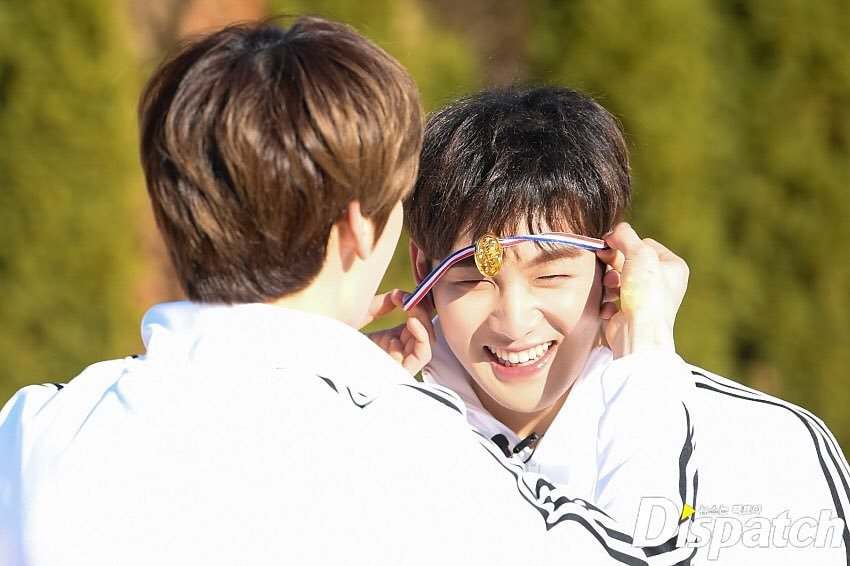 #뉴이스트 #NUEST #JR #김종현 #ARON #아론 #BAEKHO #백호 #REN #렌 #MINHYUN #민현 #Happily_Ever_After #BET_BET #20190429_6PM @NUESTNEWS #NuestIsAlwaysWinnerInMyHeart Nuest siempre sera ganador, no importa lo que digan. son ganadores en el corazon de todos los loves.
