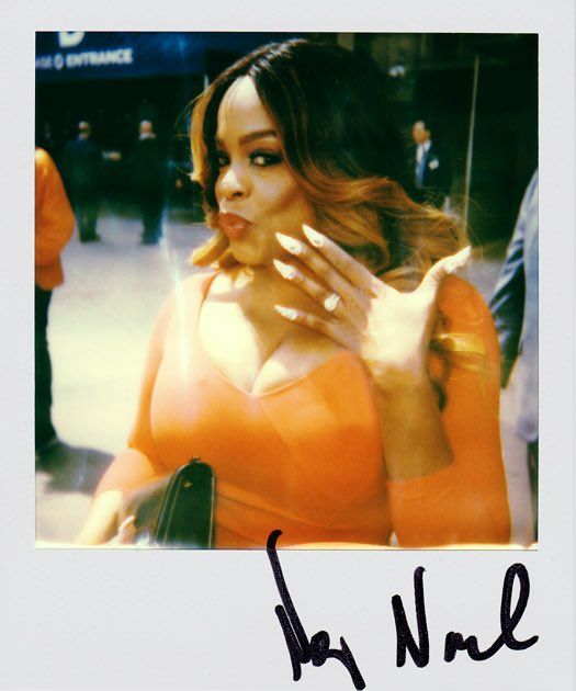 """Niecy Nash at the Warner Media Upfront promoting """"Claws"""" in New York, NY. I first met her 15 years ago at the Aspen Comedy Festival when she was there with """"Reno 911"""" (included photo for nostalgic fun). May 2019. #niecynash @NiecyNash #claws @ClawsTNT #warnermediaupfront #reno911"""
