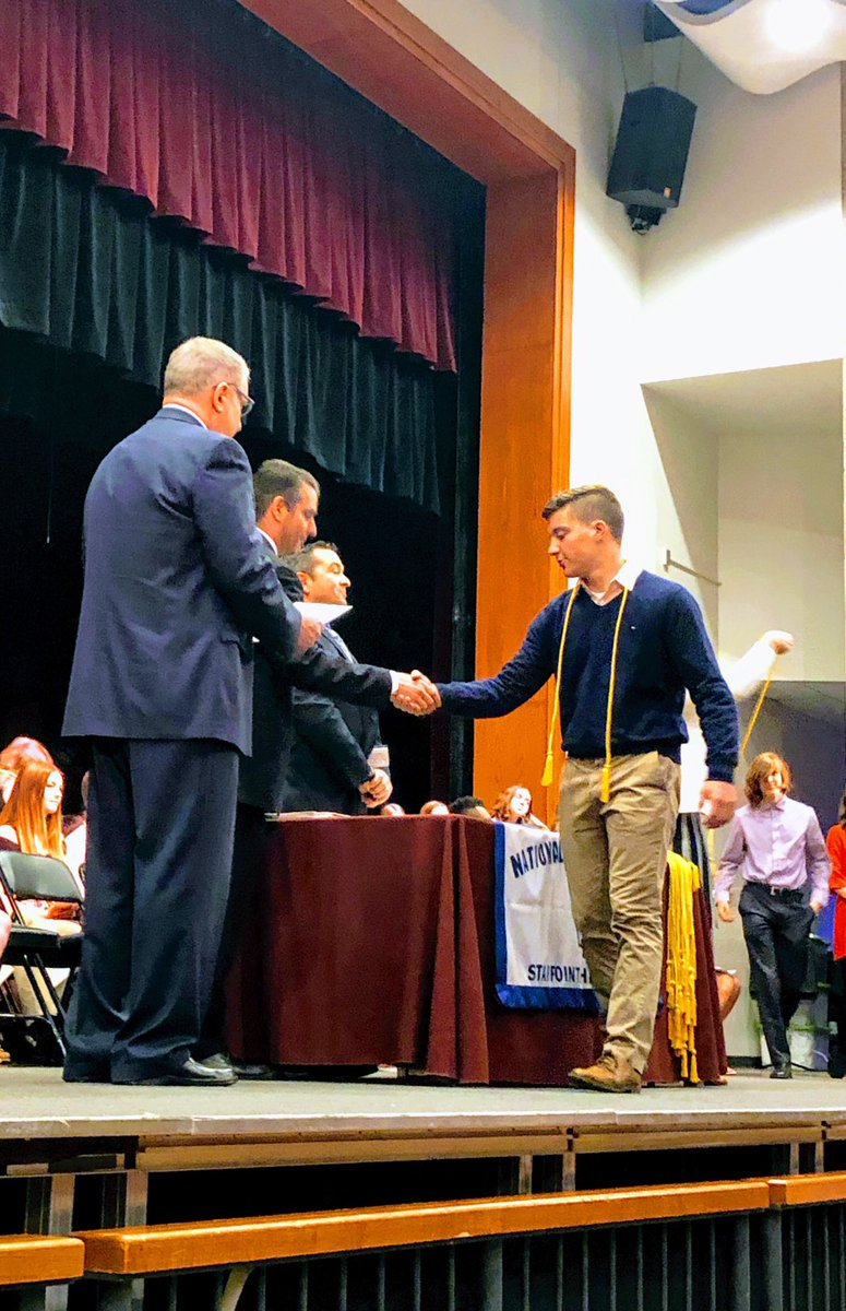 What a tremendous National Honor Society @nhs_njhs ceremony this morning. So many talented and impressive @StarpointCSD students excelling in the classroom and giving back to their community. Thanks to @LockportSupt Mrs. Bradley for an inspiring speech.