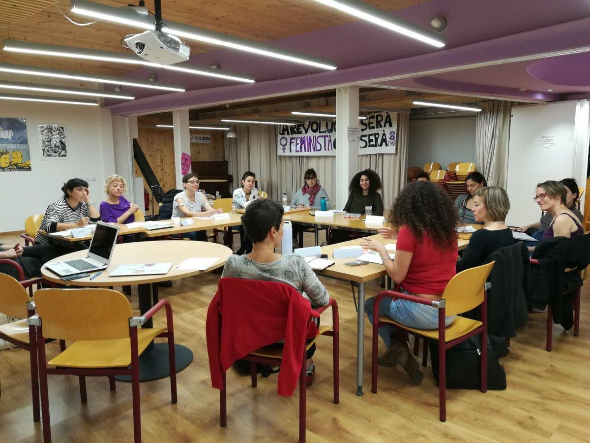 Avui la nostra companya @estherlleida participa a l'Encuentro Estatal de Abogadas Feministas a BCN, convidada per explicar la denúncia feta a la manada.  Amb dones com ella som imparables, el feminisme transformarà el món!