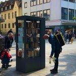 ドイツの町にあるブックスタンドが画期的すぎる!