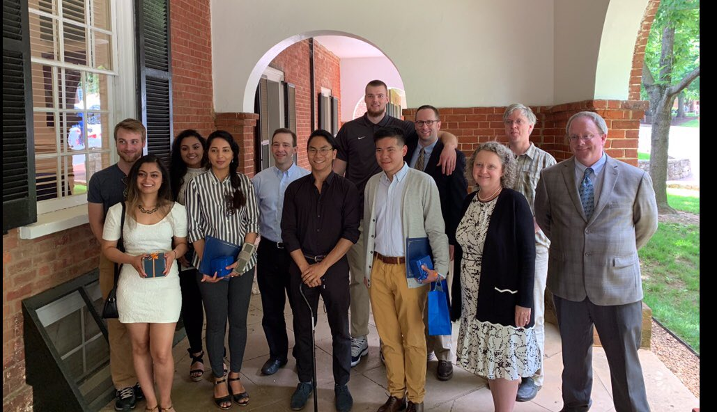 Congrats to Jack on receiving the UVA International Student Office's Graduate Award for Student Leadership while celebrating his graduation in Educational Psychology from the Curry School! 🔸⚔️🔹#GoHoos