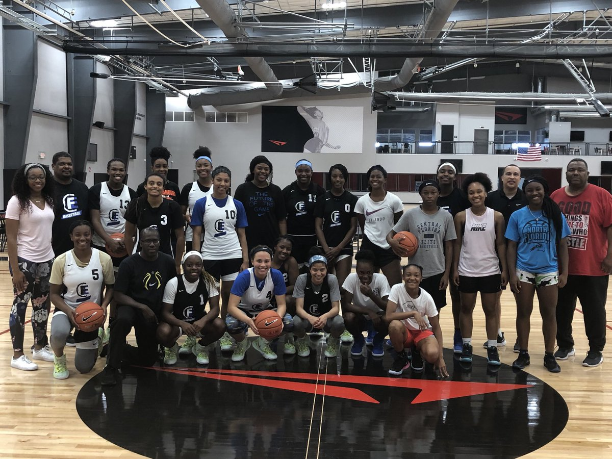 Big Thank you to @DriveNation_Dfw for allowing us to get some work in today! Much appreciated! @NikeGirlsEYBL @jasonterry31 @realgranthill33 #17UEYBL #16UEYBL