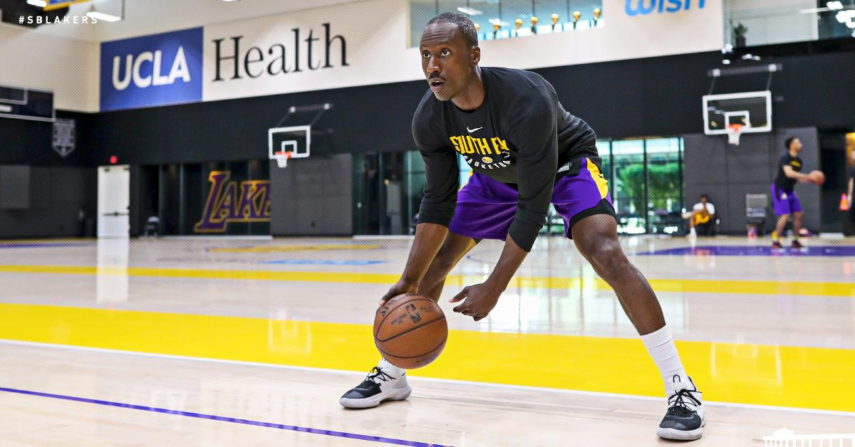 7b69df08248f Los Angeles Lakers ( Lakers)