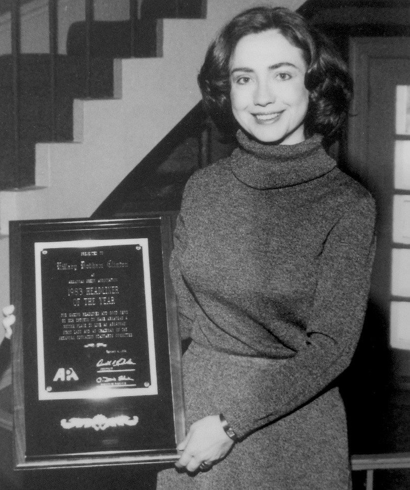 #FlashbackFriday  In 1983, Hillary was named &quot;Headliner of the Year&quot; by the Arkansas Press Association. The award is presented to a person who has brought good headlines to the State of Arkansas.  @HillaryClinton<br>http://pic.twitter.com/NqvTUcfm6f