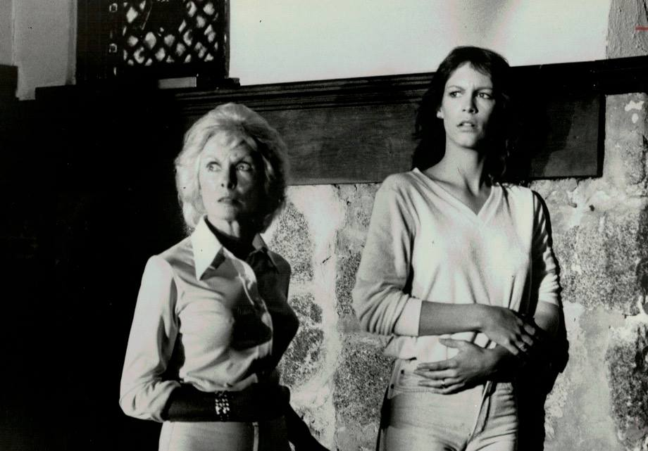 The Fog(1980)Janet Leigh and Jamie Lee Curtis. <br>http://pic.twitter.com/7sX4cjXxhM