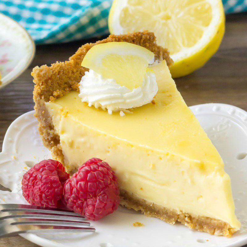 Pie lemon cake! #Food #Delocious #Dessert https://t.co/z8JRTOIeYS