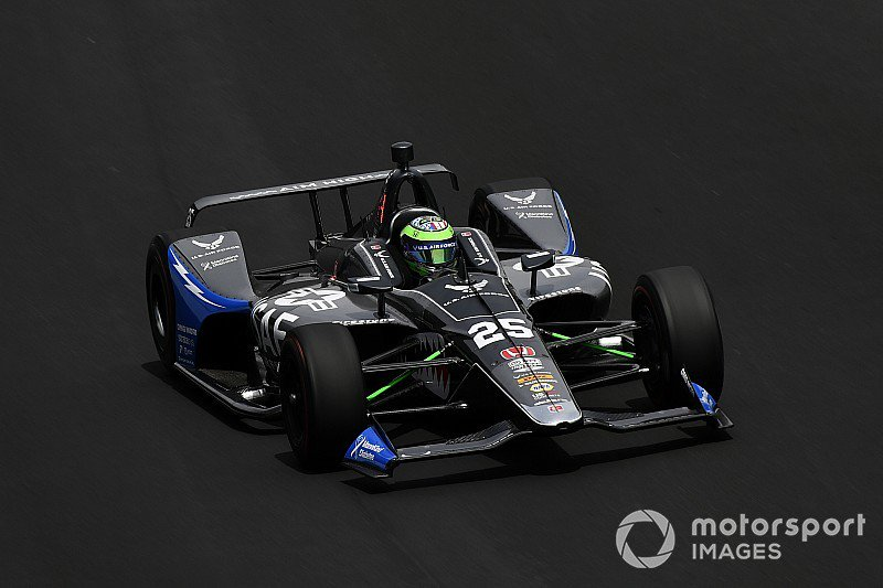 . @ConorDaly22s beautiful @USAirForce @FollowAndretti entry leads Fast Friday, while @EdJonesRAcing is top of the no-tow speeds - tinyurl.com/yyzdxpks
