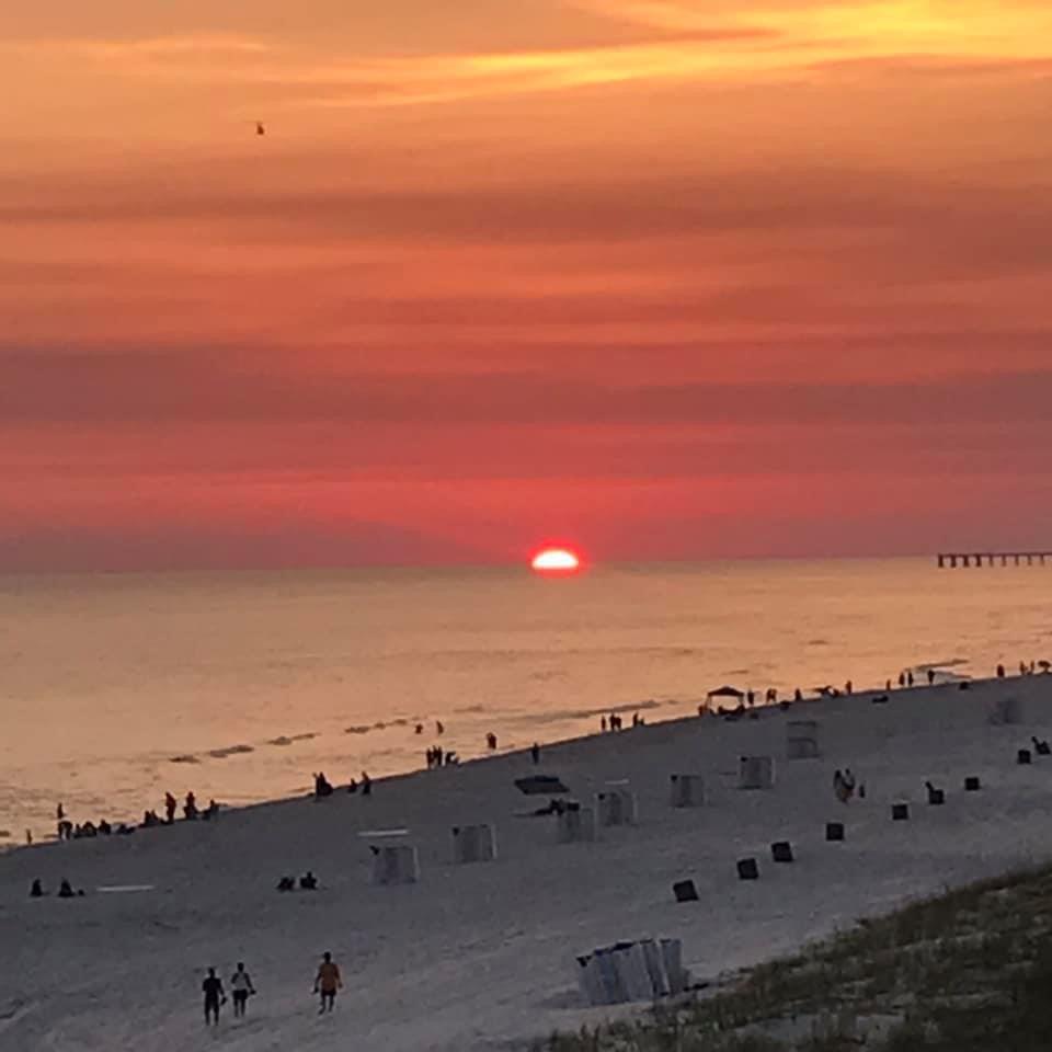Sunset this evening at Panama City Beach... photo from Christine Carruth <br>http://pic.twitter.com/ljHTA8AYeP