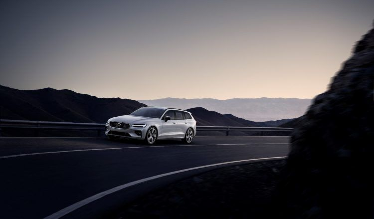 The @volvocars V60 is fully redesigned for the 2019 model year. Read more: http://ow.ly/19Ec30oJ9Nd