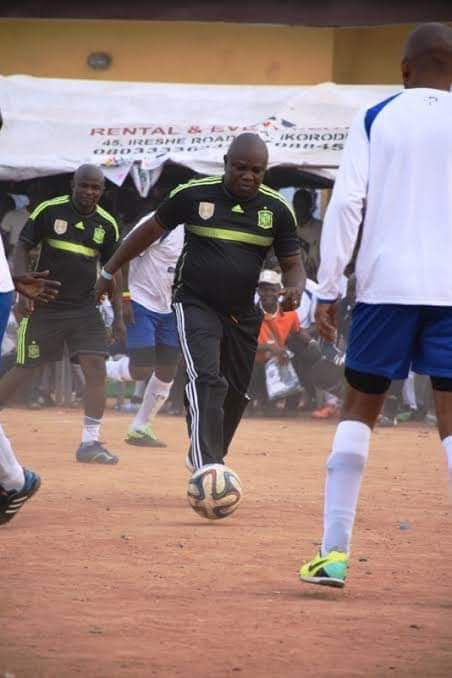 D6zfVGpW4AAx2vq - [Photos]: GEORGE WEAH, DROGBA, ETO'O, TOURE, El Hajj Diouf, Drogba And Others Storm Agege Stadium To Showcase Their Football Skills