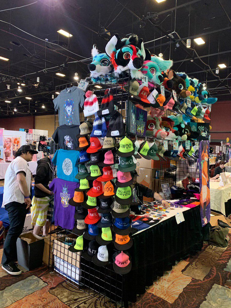 We made it to BLFC and we're ready to show our stuff!  Come say hi to @BitztheBat at the booth we're sharing with Ghost Hoosk, #43!  #furryconvention #BLFC2019 #furryfandom #FursuitFriday #fursuit #BLFC #BLFC19<br>http://pic.twitter.com/iVt1kpSfWe