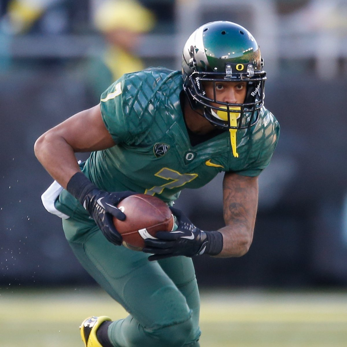 Former Oregon standout Keanon Lowe tackled a gunman to the ground at a Portland high school today. True hero🙏