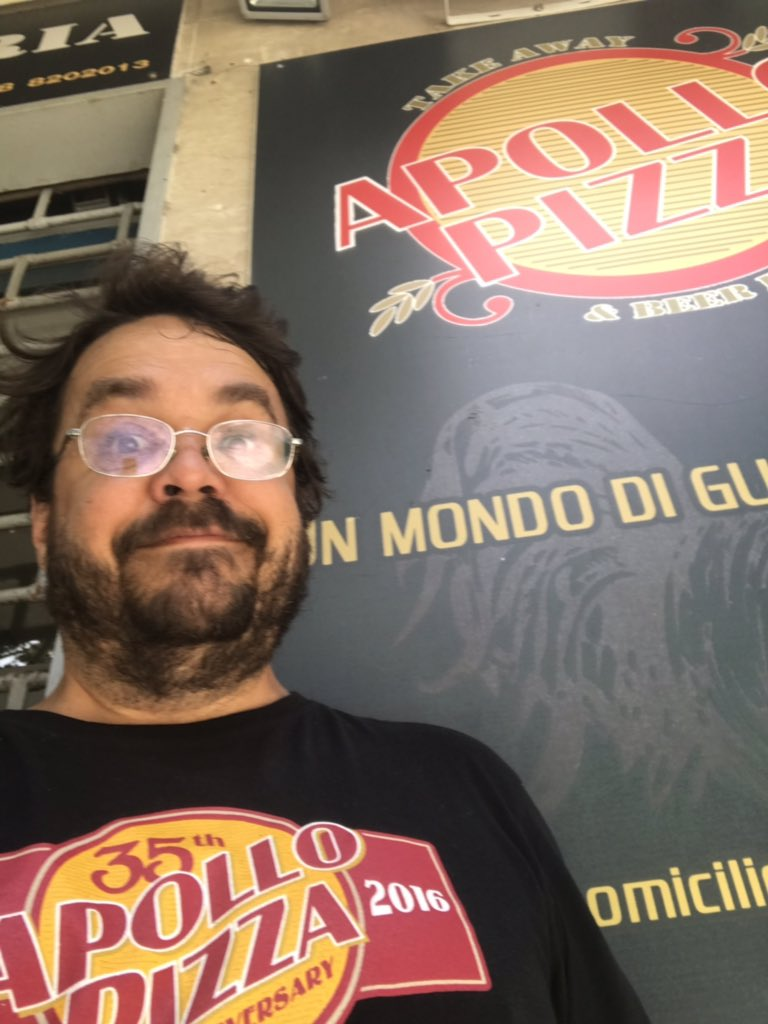 The @apollopizza in Palermo has closed and has been replaced by a Vape Shop.