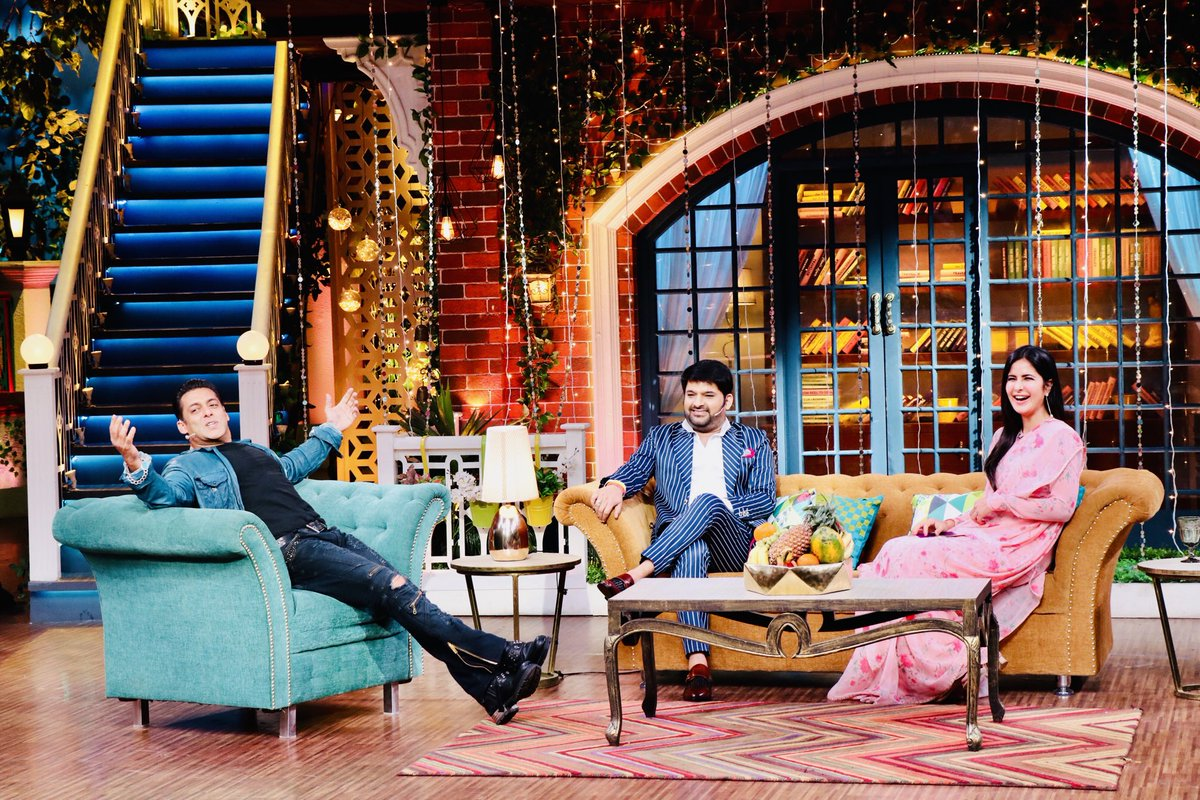 Today the host is none other than our own bhai jaan superstar ⁦@BeingSalmanKhan⁩ n the beautiful #KatrinaKaif in #TheKapilSharmaShow all the best to the team #Bharat  ⁦@SonyTV⁩
