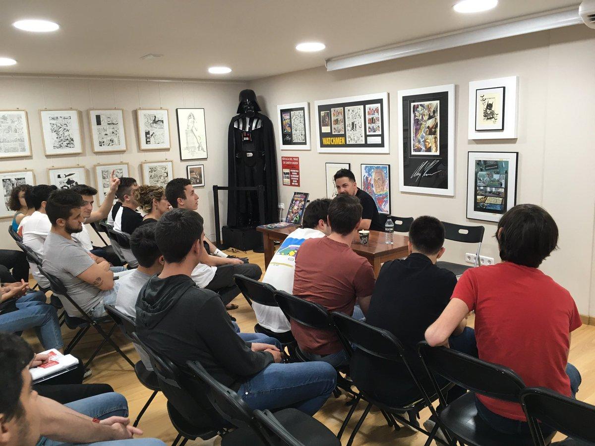 Akira Comics On Twitter Estará En La Feria Del Libro El Dia 16 En Una De Las Carpas De Actos Culturales Y Luego Por Aqui En Septiembre U Obtubre Https T Co 8f9fp01mci