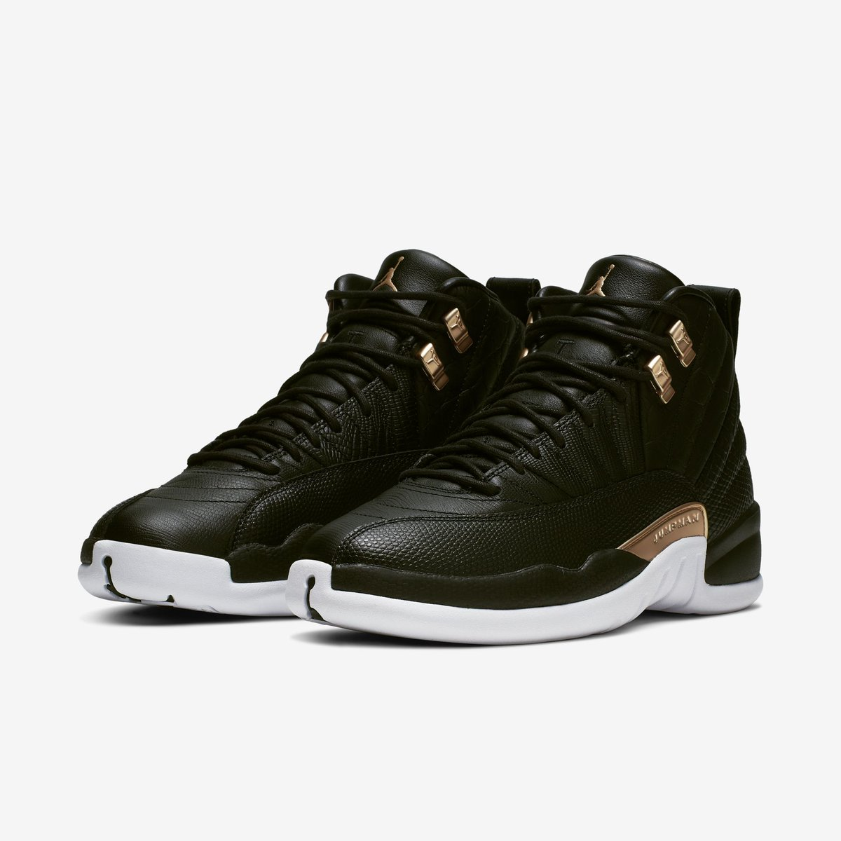 "2317309ac51 Jordan 12 Retro WMNS ""Black/Reptile"" back in more sizes 10am ET Finish Line  -> https://go.j23app.com/c1e JD Sports -> https://go.j23app.com/c1f ..."