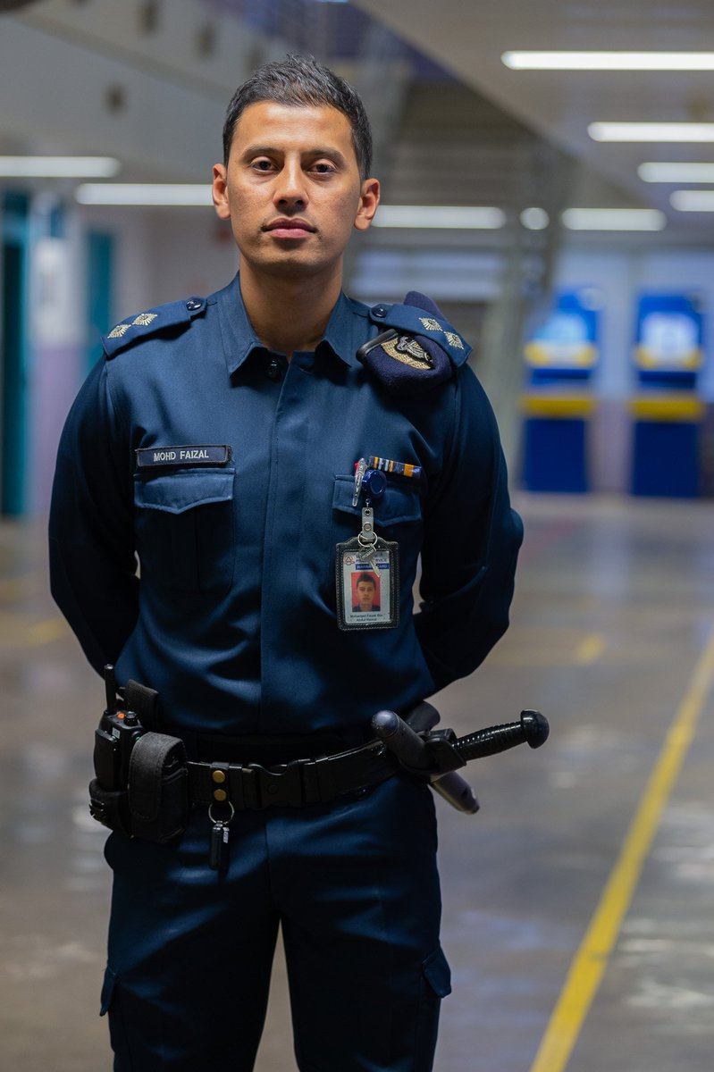 Stay tuned as we show you the challenges that Rehabilitation Officer Mohamed Faizal Bin Abdul Hamid goes through as he carries out his duties to keep Singapore safe and secure, all while fasting. #CaptainsOfLives #BehindPrisonWalls https://t.co/uSQqrpOuSK