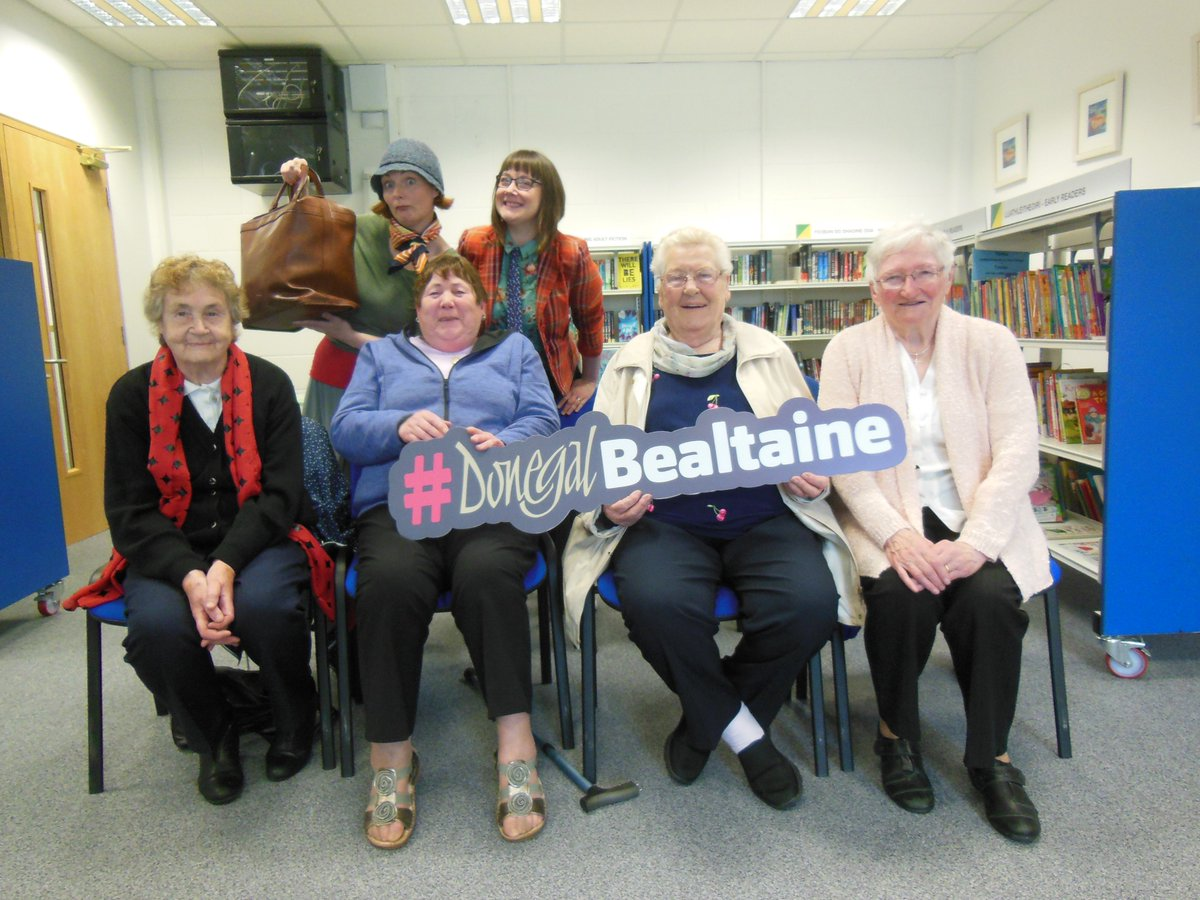 We had a lovely time this morning at Twin Towns Library with the Makey Uppers. The Wednesday Club enjoyed the interactive storytelling session, as part of @BealtaineFest 2019.💼👏🥳🤣