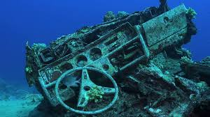 """USS John McCain"" Breaking news, the USS JOHN MCCAIN WILL BE SUNK TO CREATE A NEW REEF FOR STARFISH"
