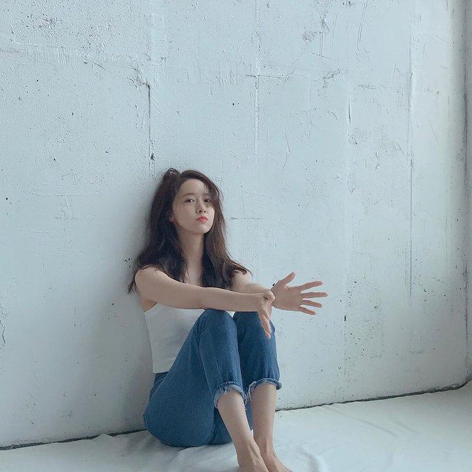 Happy birthday to nation\s center & everybody\s ideal type Im Yoona