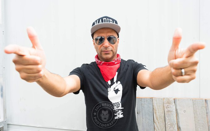Happy Birthday to Tom Morello who has gotten fairly good with that whole guitar playing thing.