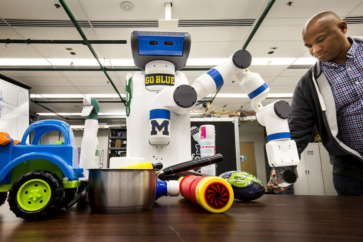 8c11de97dc0 Researchers at @umich are working to help robots keep up. ...