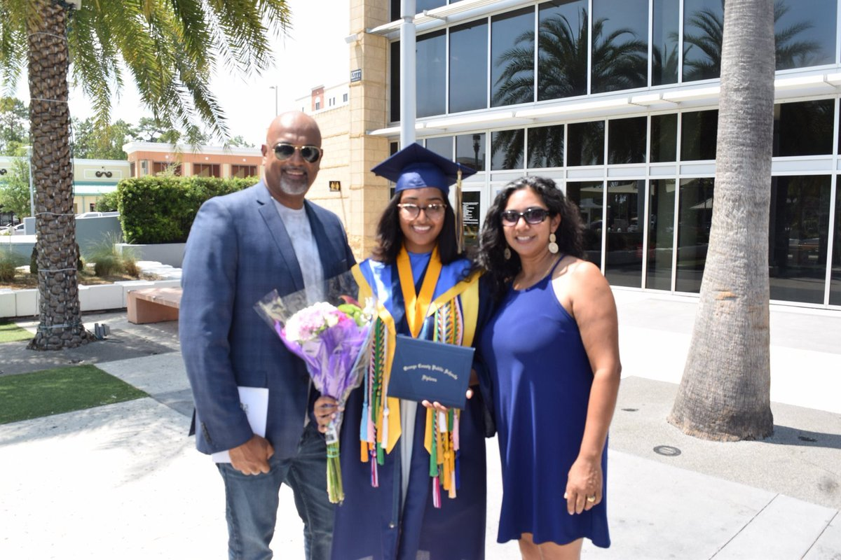 #ridiculous #YouCantMakeThisStuffUp Kriya NAIDU is the #Valedictorian of her #UniversityHighSchool class in Orlando but the school did not like her jokes and @iamcardib lyric & barred her from speaking at graduation. Now the @OCPSnews #OCPS is apologizing. @WESH