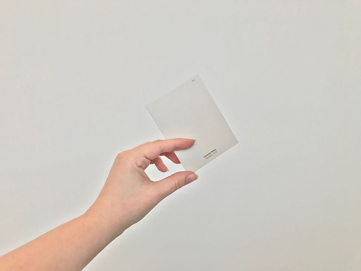 """. @ICAVCU is asking the public to take a picture that merges a Colonial White paint chip sample with a photo of a place, object, or situation that embodies """"colonial white"""" to them. Submissions must be in by June 30. Pick up your chip at the ICA today! https://buff.ly/2GR0e84"""