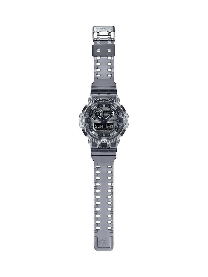 Relojes transparentes, la colección más reciente de  #GSHOCK ´@CasioGShockMX  Los modelos SKELETON DW-5600SK-1A y el GA-700SK-1A rescatan la estética transparente que fue muy popular en los 90. https://t.co/MDA8TAsy9W