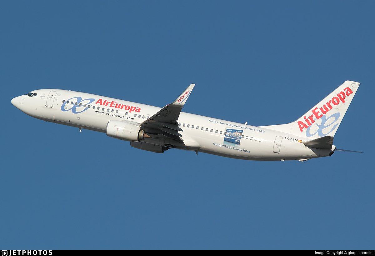 Sobre las 19:30hrs tiene previsto llegar a @AeropuertoVGO @flytovigo @AeronoticiasVgo el B737 EC-LTM de @AirEuropa procedente de Bamako (GABS). @MargotAB @Belero_fonte
