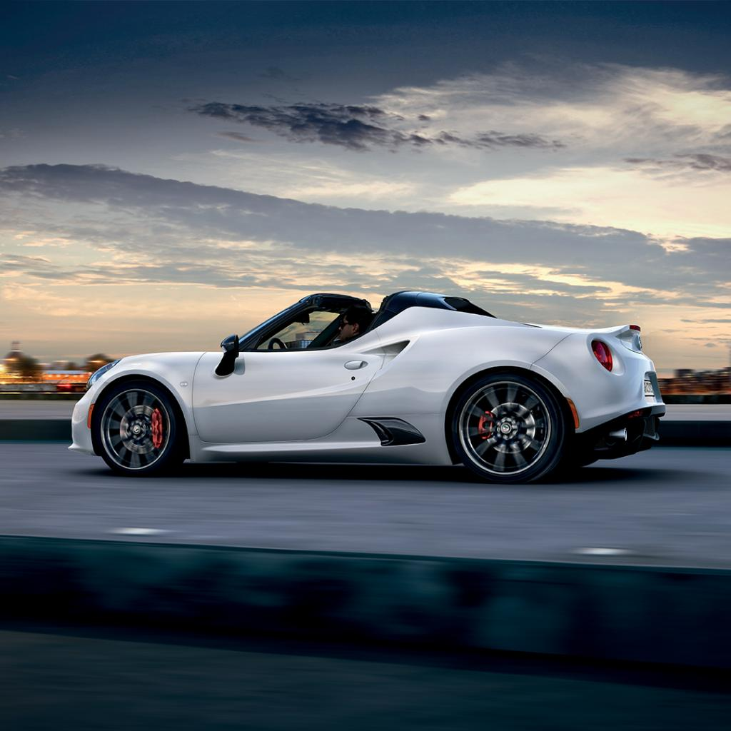 Some works of art belong to museums, others to the road. Intrigued? Click here to discover more about 4C: https://bit.ly/2R4uC6e #4CSpider #LaMeccanicaDelleEmozioni