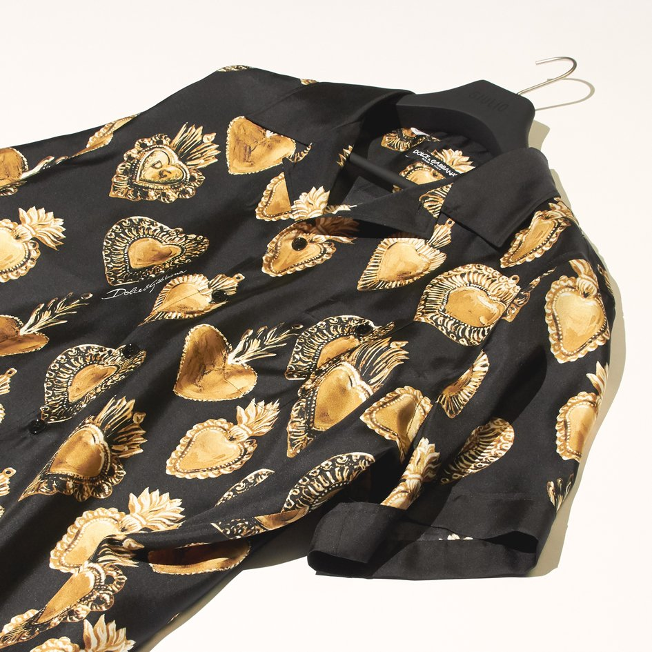 e42bd47e A shirt that takes inspiration fom Dolce&Gabanna's Italian heritage to  create pieces that won't go out of style #DolceGabanna #GiulioFashion ...