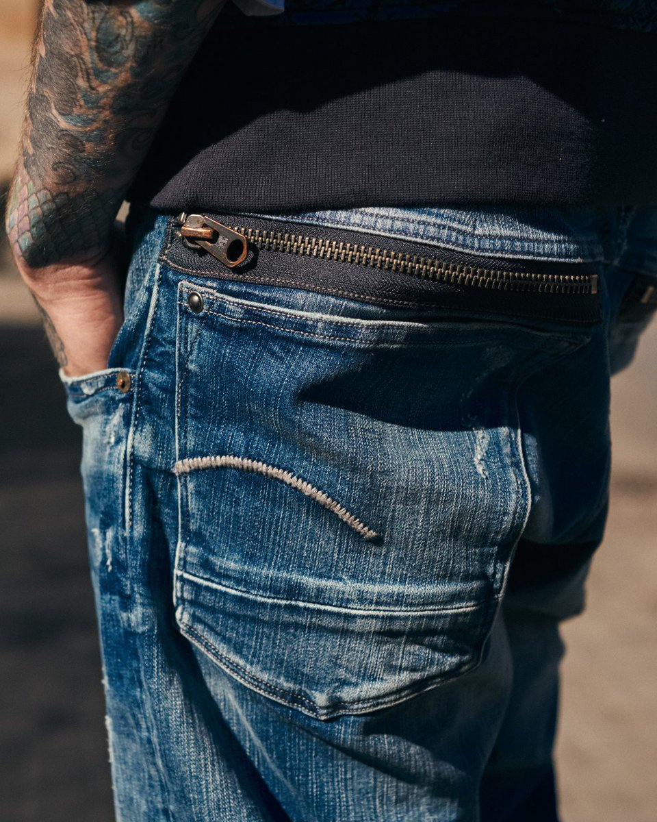 4e4b2a06979039 Discover our new collection: http://bit.ly/310xjaP #GStarRAW pic.twitter.com/kQGdt9xsQN