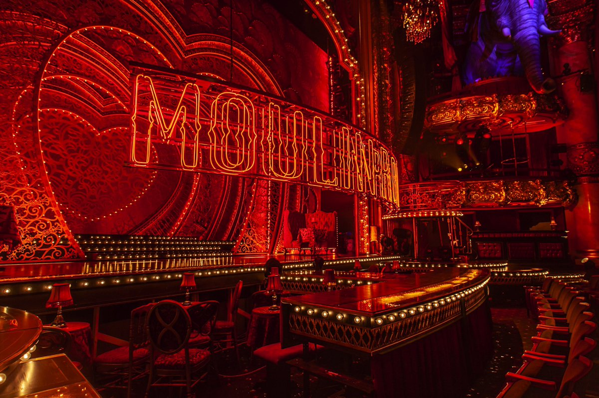 Moulin Rouge seating