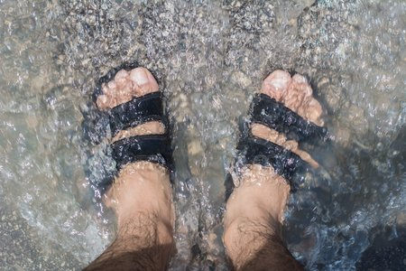 Are your #feet healthy for the summer? Pools and beaches are places where you can pick up #footinfections if you don't take the proper precautions when visiting them this summer. http://ow.ly/hQZv30oOxF7