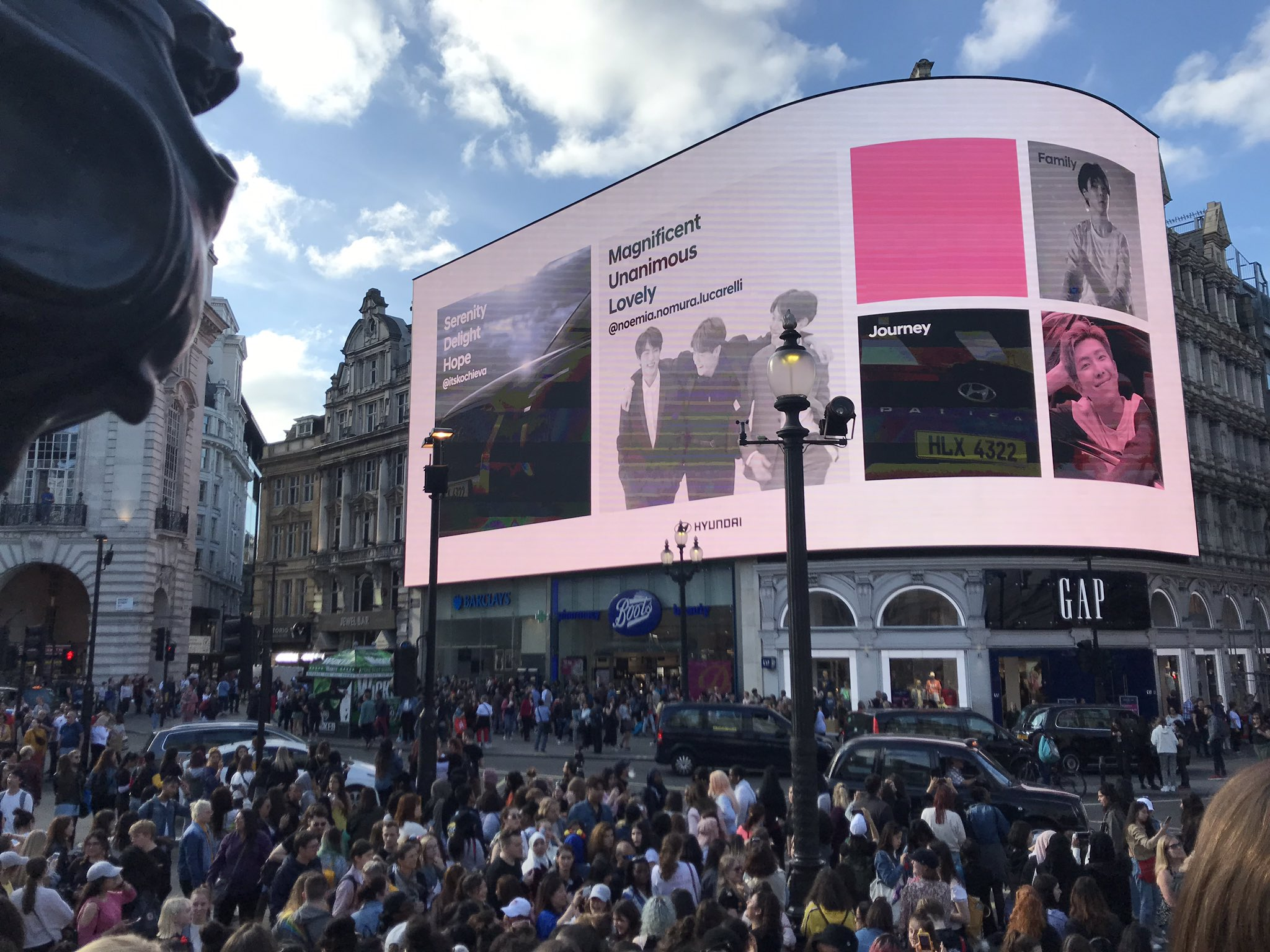 Picture Video Bts Army S At Picadilly Circus For Bts X Hyundai New Cf 190601