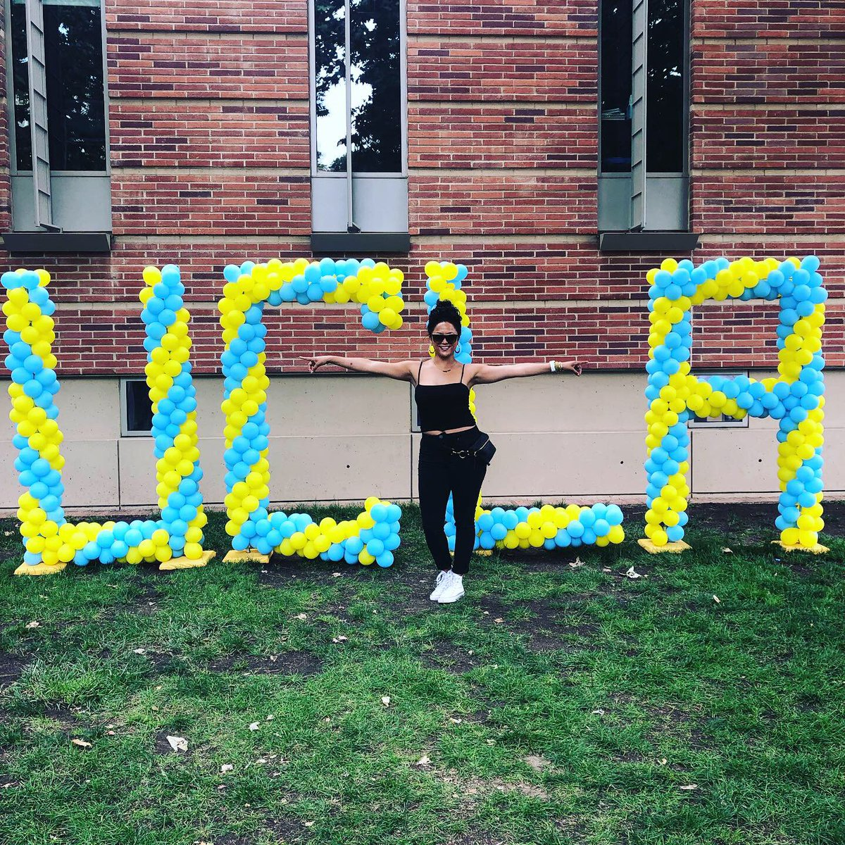 """Congrats to SMC student Elizabeth Sanchez on heading to .@UCLA this fall! 💙 #ProudToBeSMC #UCLAbound #BruinTransfers """"As a non-traditional student, I started college at 33 years old and fell in love. Now at 35, I'm transferring to one of the most iconic, competitive schools!"""""""