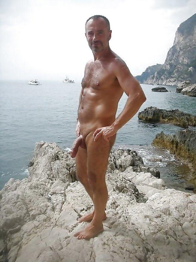 Голые русские мужики на пляже
