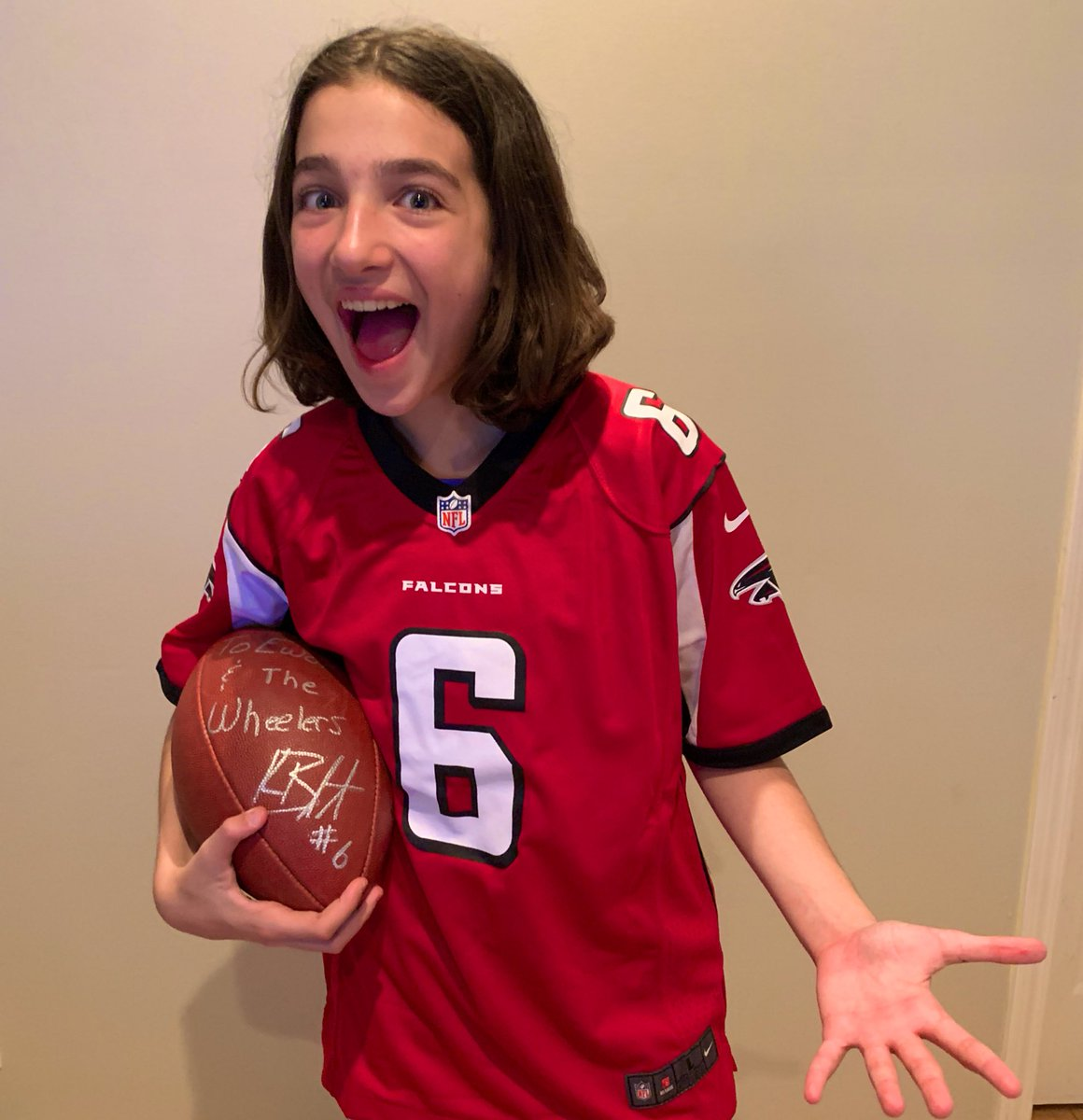 Is The Pro Happy In Fortnite Faze Ewok On Twitter Wow Kurtbenkert Is Da Man He Sent Me This Awesome Gift A Falcons Uniform With His Number 6 I Am So Happy And Am Wearing It Now Rise